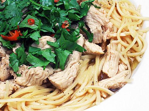 chicken noodle soup,Thai Chicken Noodle Soup Recipe,Chicken Noodle Soup,Recipe ,Chicken Noodle Soup,Thai Chicken Noodle Soup