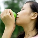 Weight-Loss Tips and Tricks: Sniff a Banana, Apple, or Peppermint